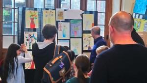 Vernissage Square des artistes - école partenaire