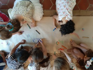 Square des artistes, activité pendant vernissage des enfants